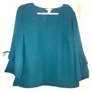 H&M Popover blouse with bell sleeves